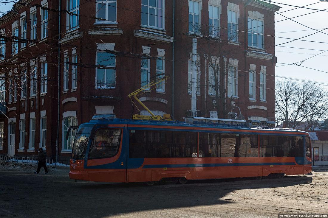 Краснодарец надень арендовал трамвай, чтобы возить пассажиров бесплатно