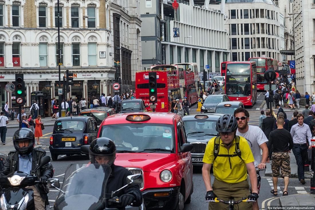 Как Лондон избавился от личных автомобилей – и погряз в пробках
