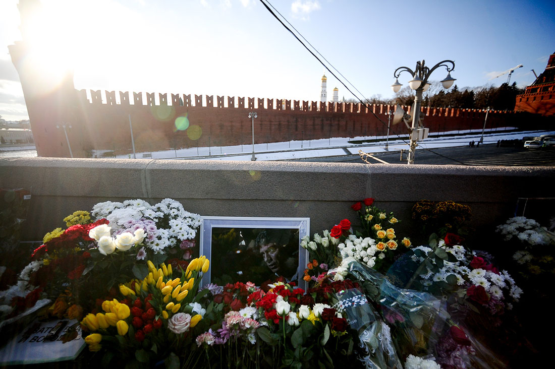 Мэрия Москвы разрешила установить памятную доску на доме, в котором жил Борис Немцов