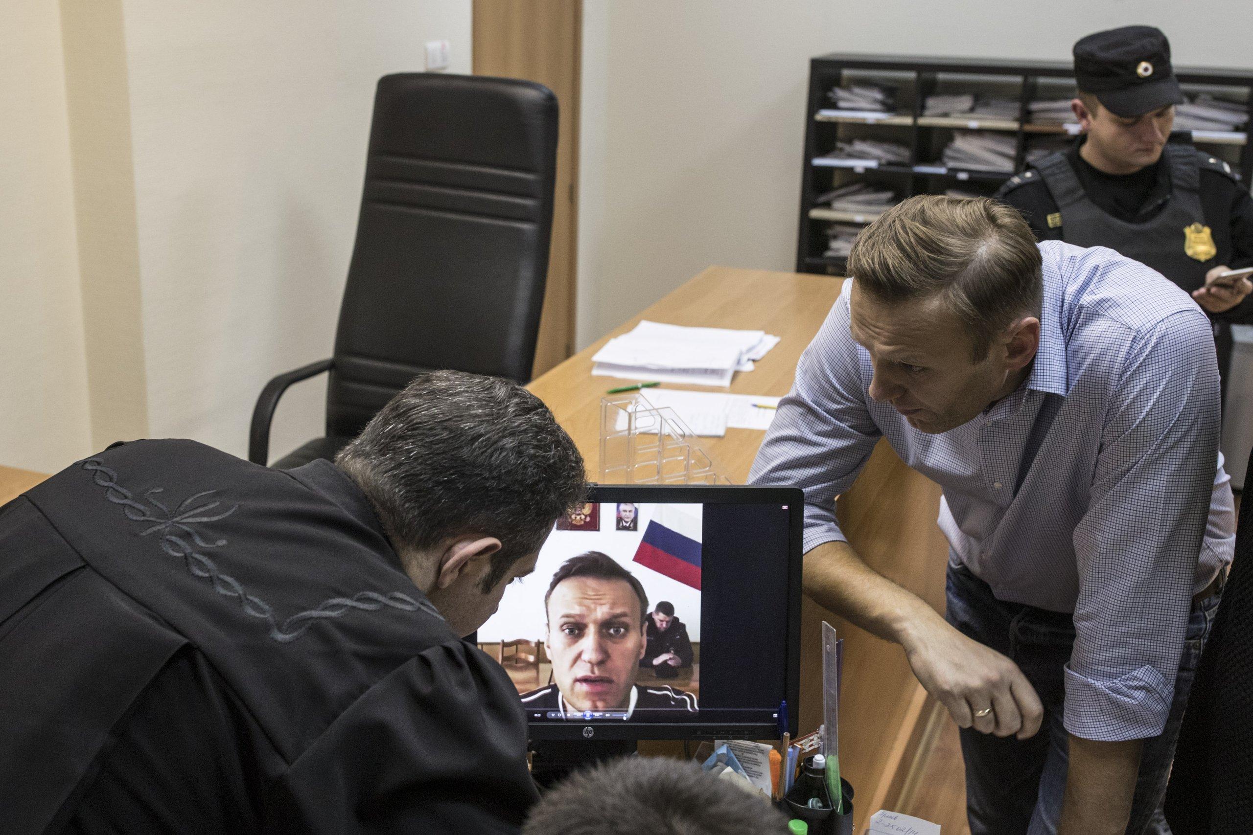 Навального арестовали на 20 суток