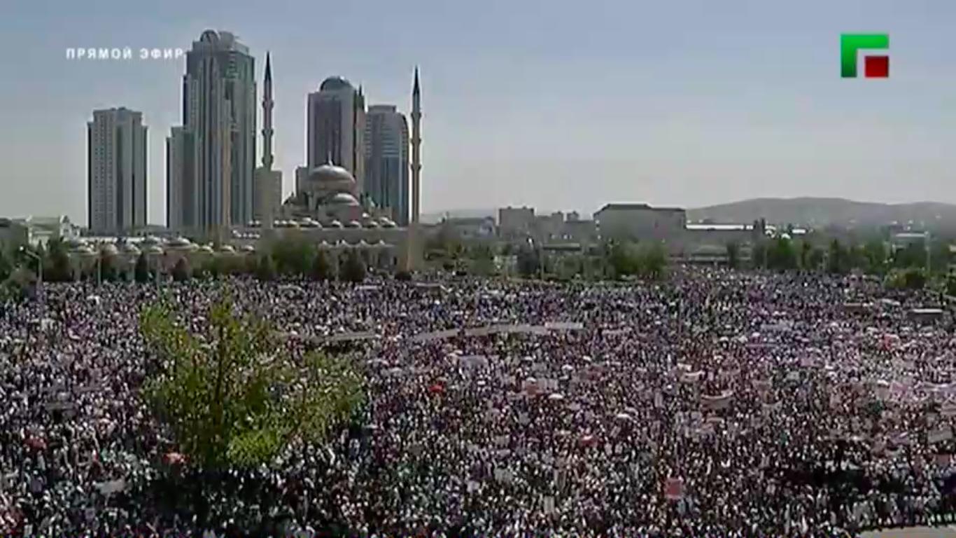 В Грозном прошел крупный митинг в поддержку мусульман в Мьянме