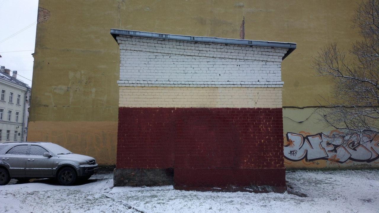 В Петербурге закрасили граффити, посвященное жертвам теракта в метро