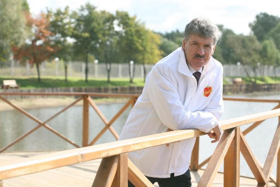 Зюганов отказался баллотироваться в президенты из-за возраста, у КПРФ другой кандидат