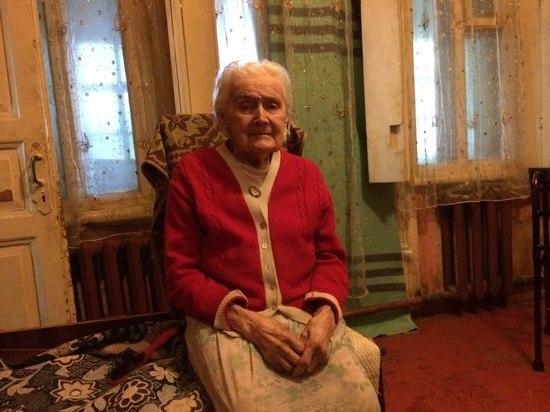 В Курске 95-летнего ветерана оштрафовали на полмиллиона из-за рухнувшей на машины стены