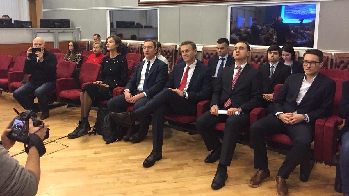 ЦИК отказался регистрировать Навального кандидатом в президенты