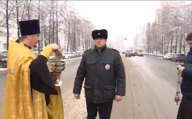 В Уфе освятили улицу, где недавно насмерть сбили пенсионера