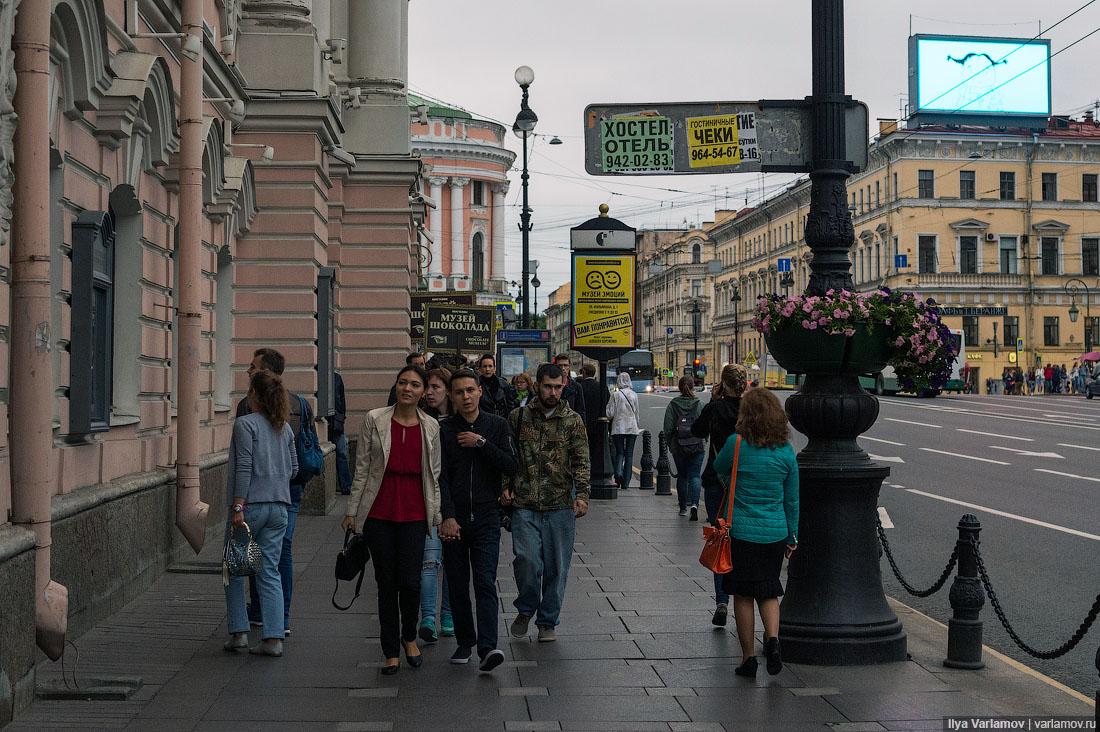 ВПитере решили легализовать стрит-арт (его придется утверждать счиновниками)