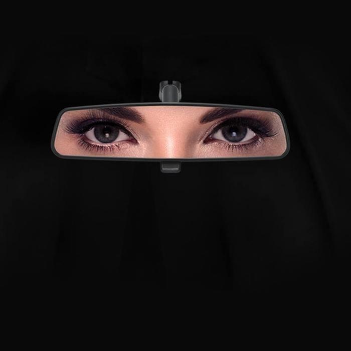 В Саудовской Аравии женщинам разрешили садиться за руль; за неделю там случилось два смертельных ДТП
