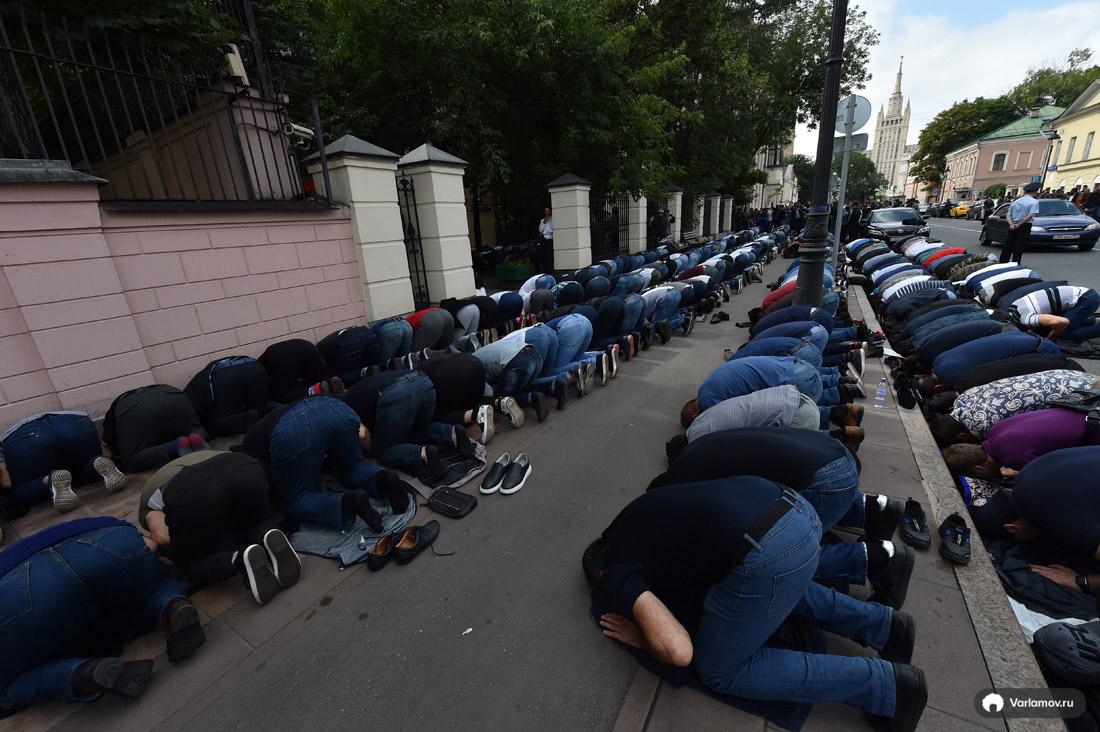Мусульмане показали Москве силу
