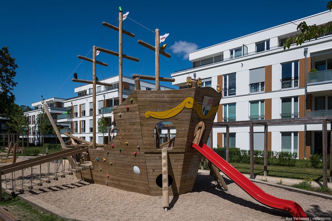 Картинки по запросу Детская площадка в районе Бабельсберг