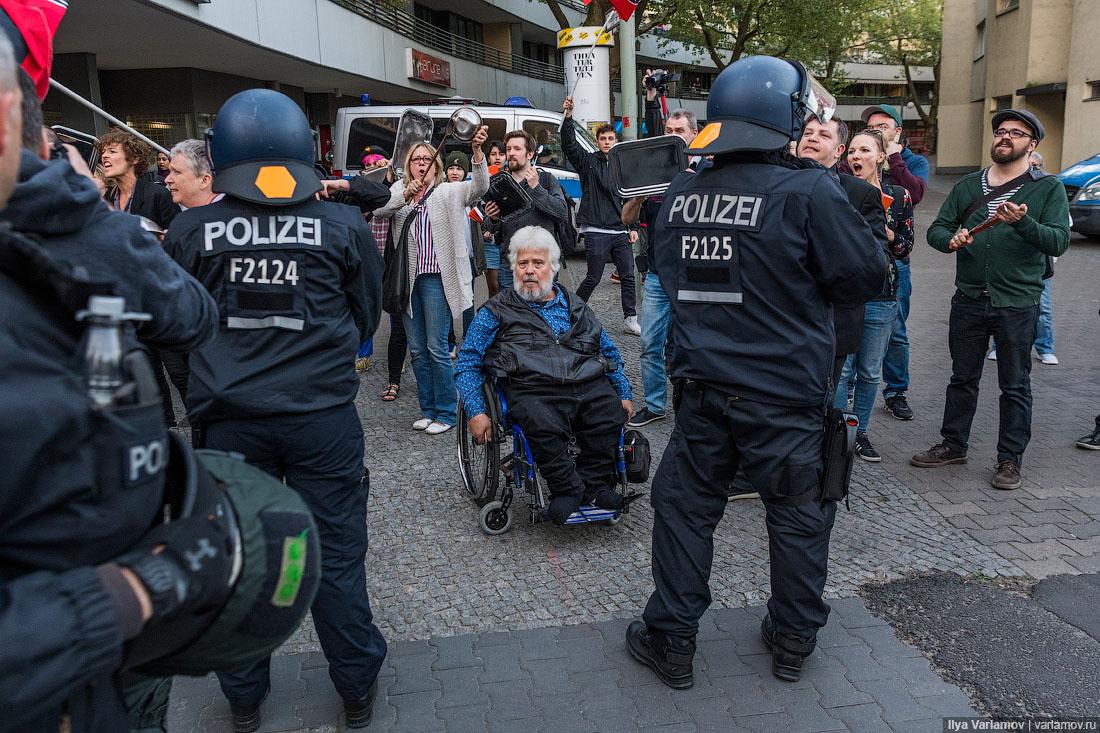 Германия проигрывает мигрантам: один митинг патриотических сил