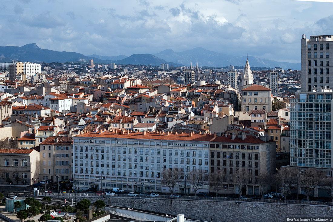 Почти хороший Марсель Плохой, Хороший, часть, Плохая, Хорошая, здания, Марселе, Жуткий, Марсель, Марселя, очень, города, пространство, Франции, плохой, Очень, просто, пример, вывески, витрины