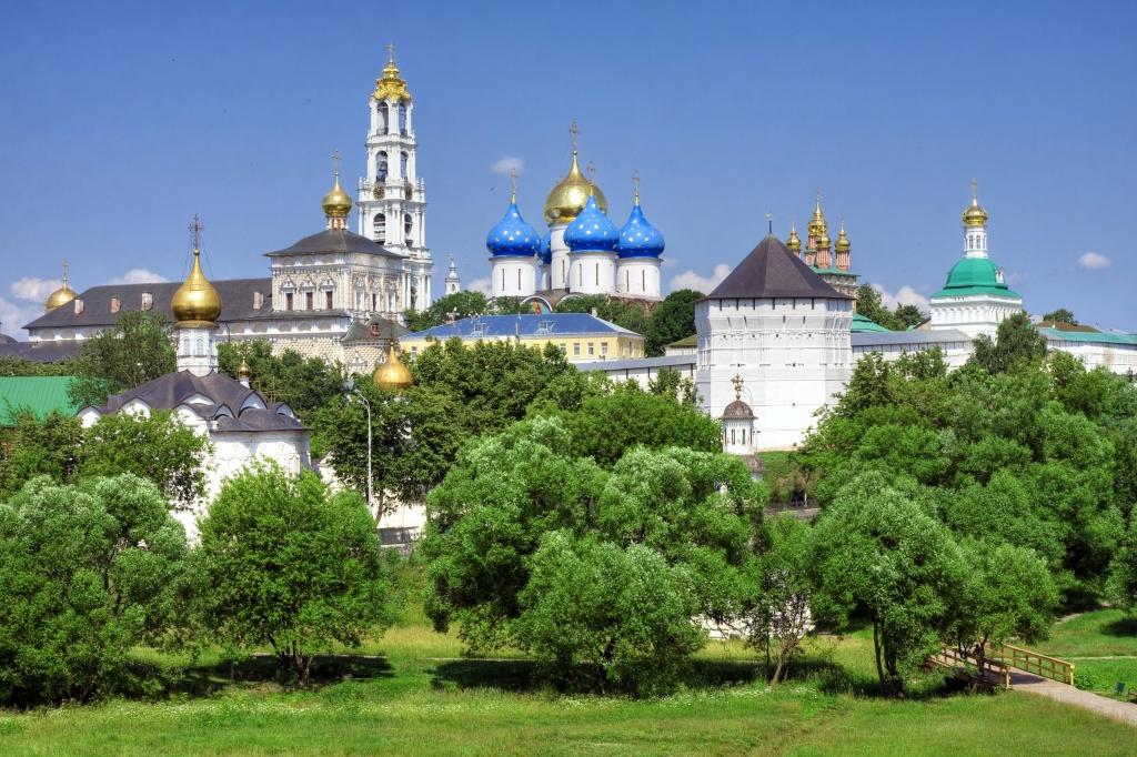 Из Сергиева Посада захотели сделать «русский Ватикан»