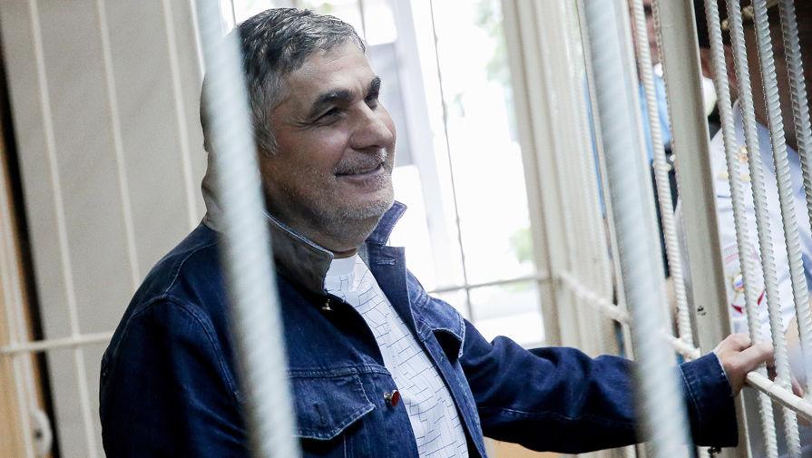 Шакро Молодой получил почти 10 лет колонии по делу о вымогательстве