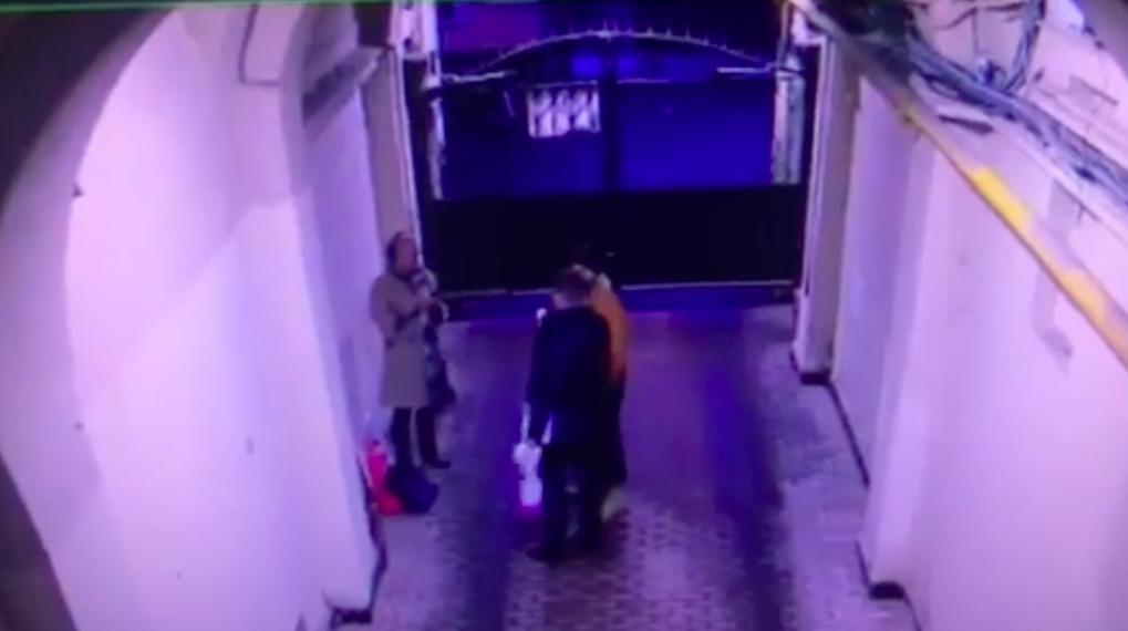 Художница попала в больницу после конфликта с депутатом-единороссом, СК начал проверку