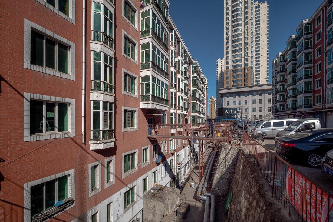 Как строят жильё в России и в Китае