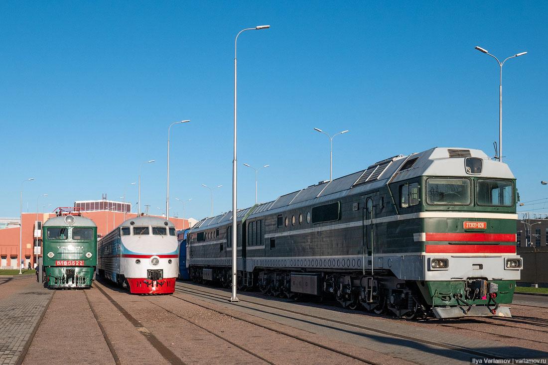 О причинах аварии, количестве задержанных поездов и сумме ущерба в центре общественных связей забайкальской железной дороги пока не сообщают, передает твс.