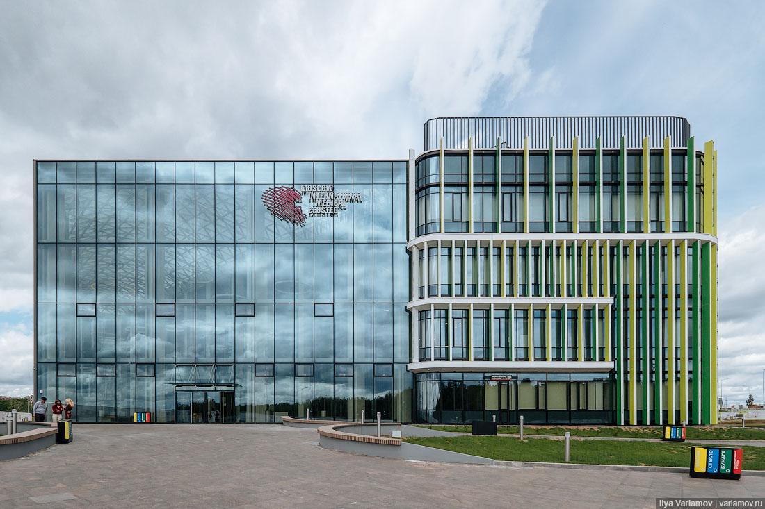 Какой вам толк от новой зарубежной клиники в Сколково?