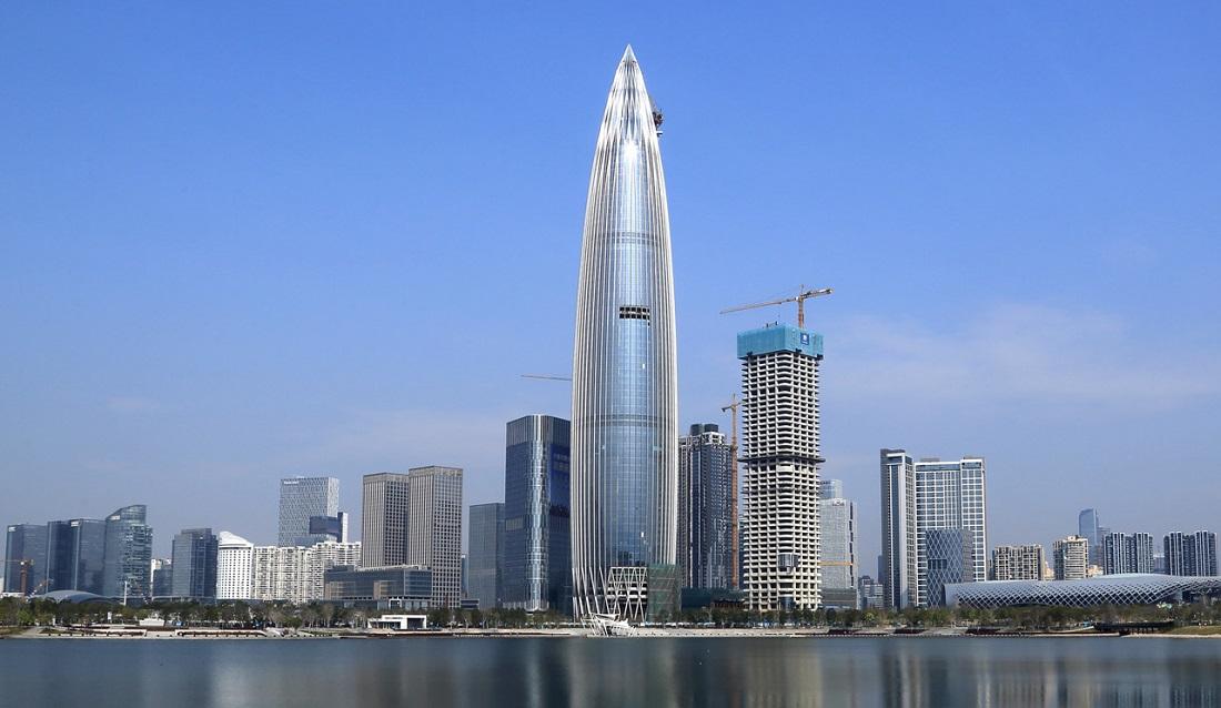 Кто и сколько строит небоскрёбов
