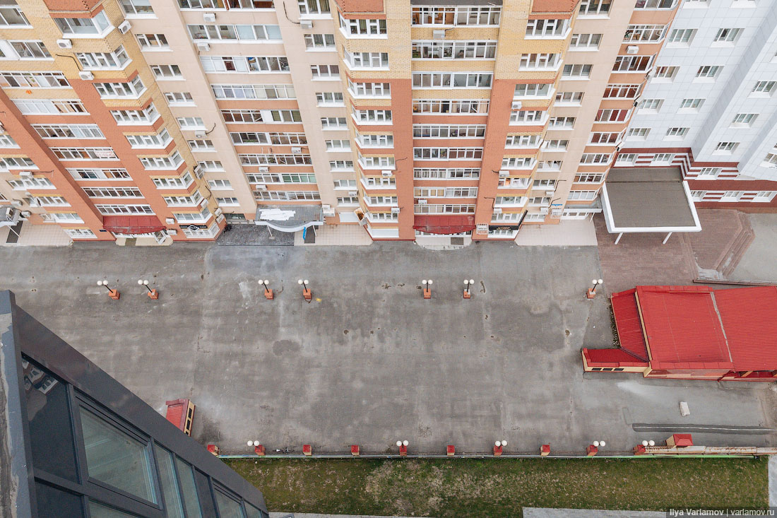 Тюмень: деревянное чудо в городе бетона, машин и заборов