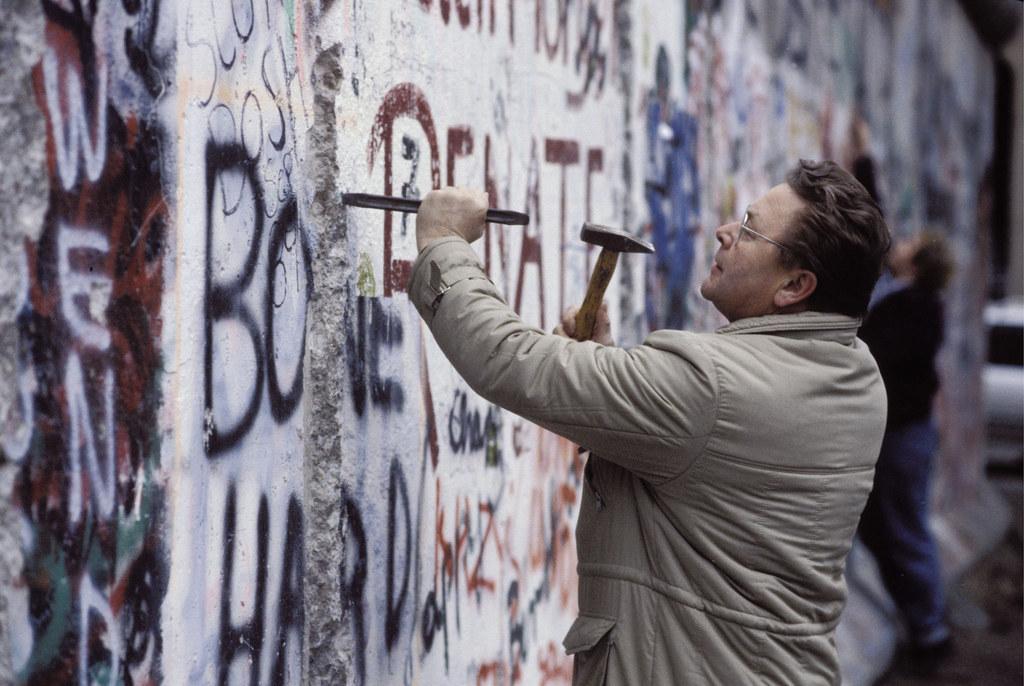 30 лет без Берлинской стены Берлина, Берлин, Power, Западного, стены, Западный, границы, Германии, стена, границу, становится, ноября, через, Берлинская, стороны, около, оккупации, стену, Восточной, между