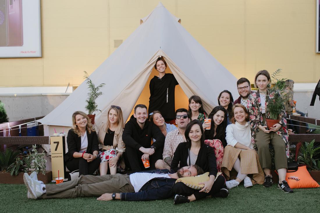 Глэмпинг по-русски: роскошный палаточный городок в центре Москвы