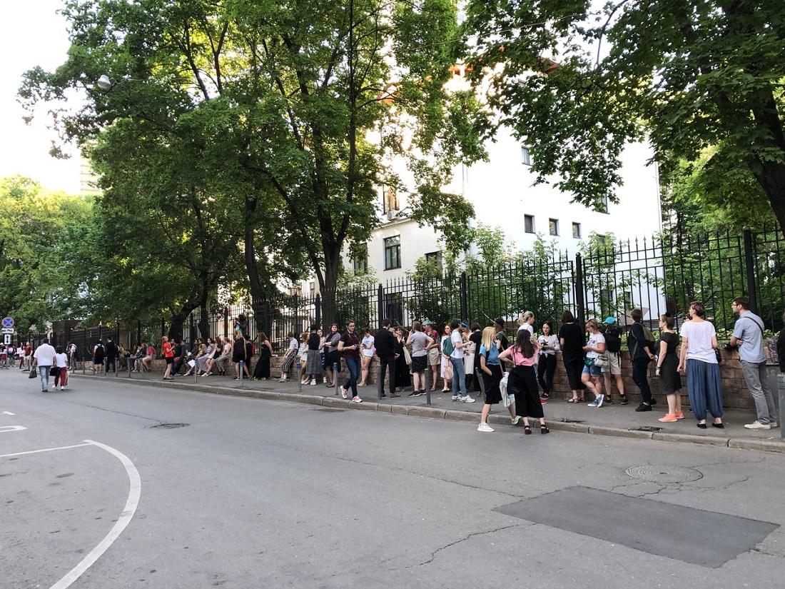 Сёстры Хачатурян: убийство или необходимая оборона?