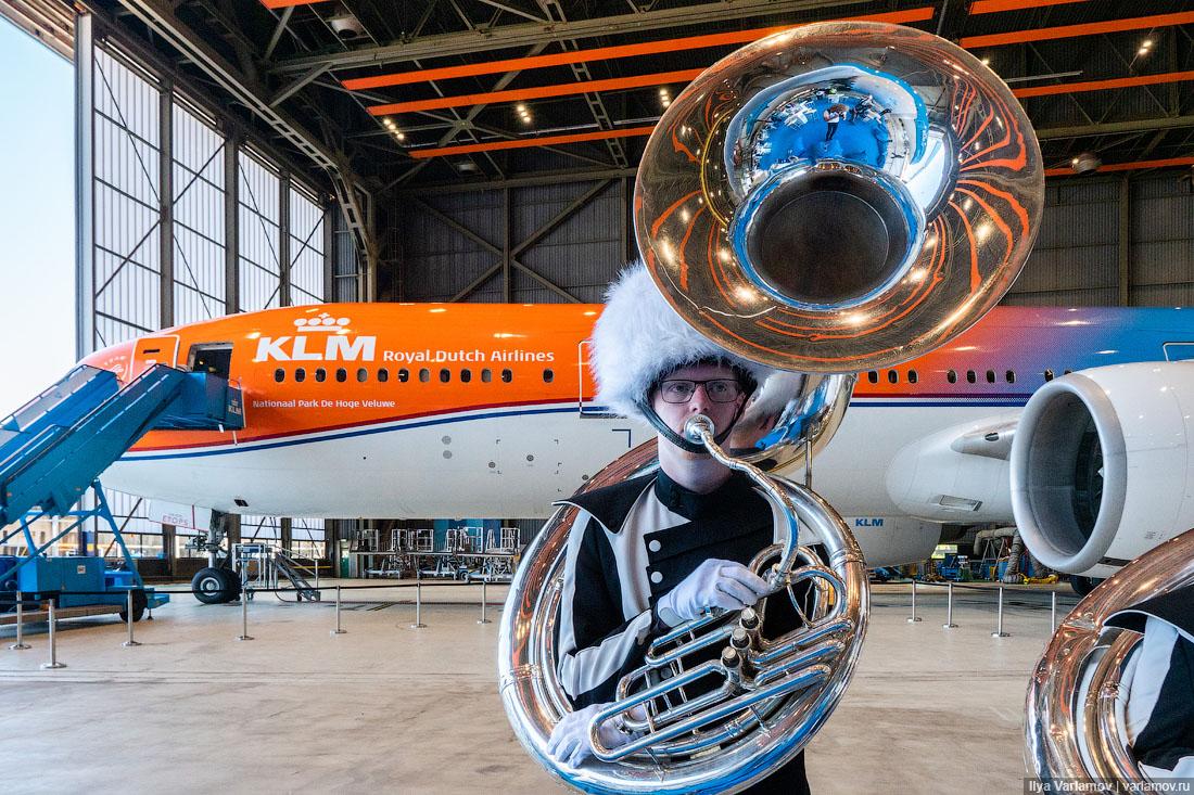 Юбилей старейшей авиакомпании в мире