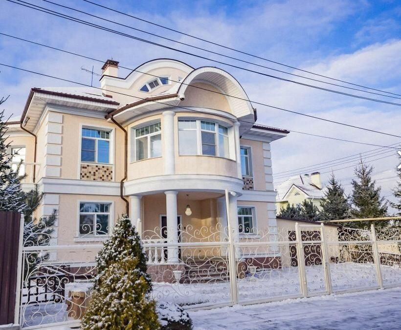 Так жить нельзя: элегантная классика русского поместья