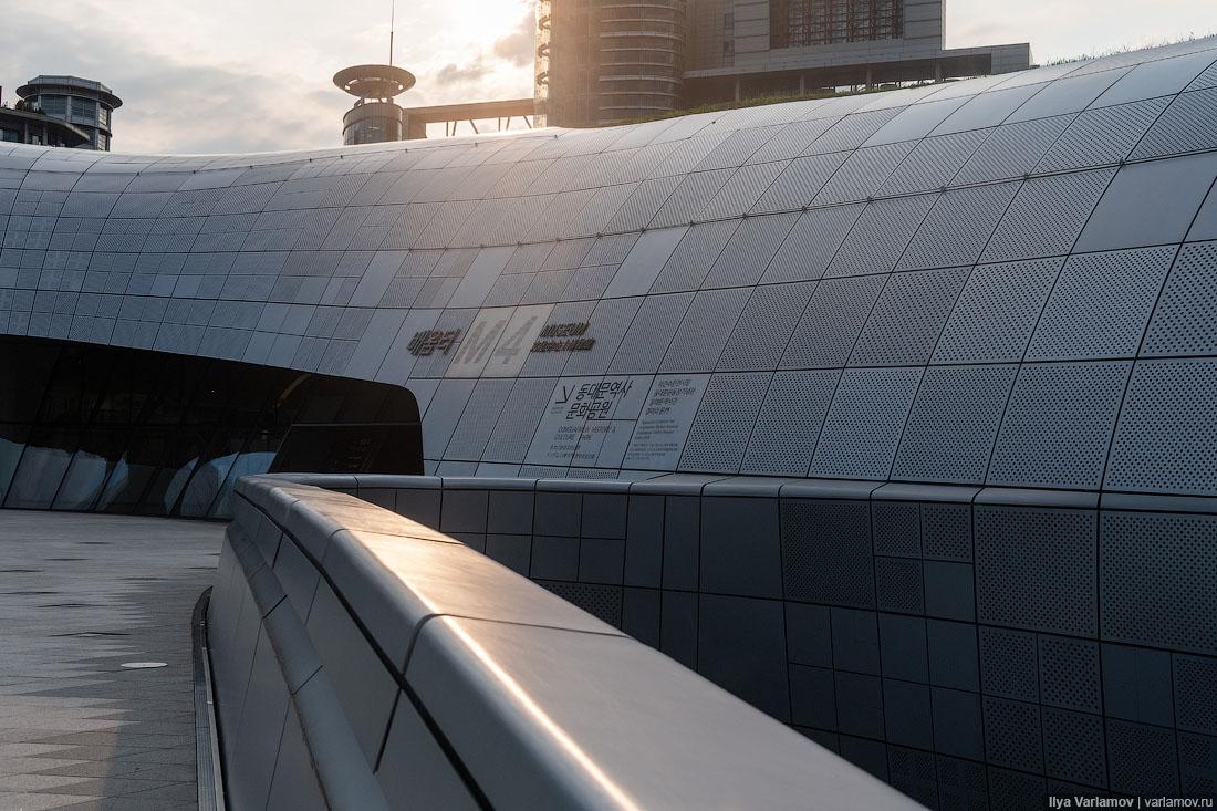Сеул: плохое метро, хорошая архитектура и самоубийцы