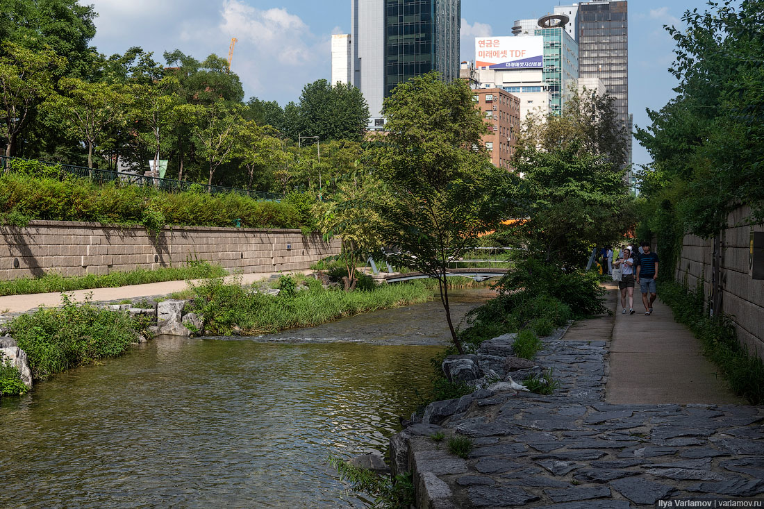 Парк вместо эстакады: когда-нибудь так будет и у нас! Чхонгечхон, Сеула, Сеуле, речка, шоссе, просто, очень, вдоль, район, Теперь, решили, теперь, месте, власти, Кстати, города, количество, мостки, только, эстакады