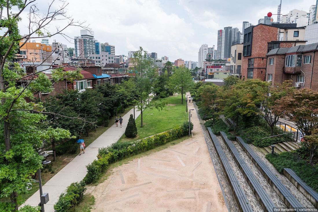 Сеул: парк на месте железной дороги