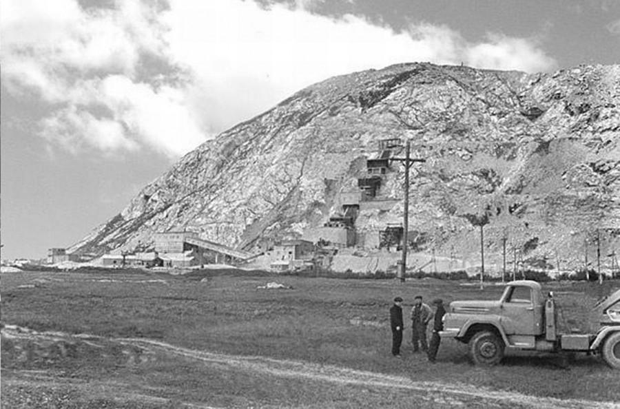 Илья Варламов: «Насколько сильно надо ненавидеть свой регион, чтобы искренне желать уничтожить гору?»