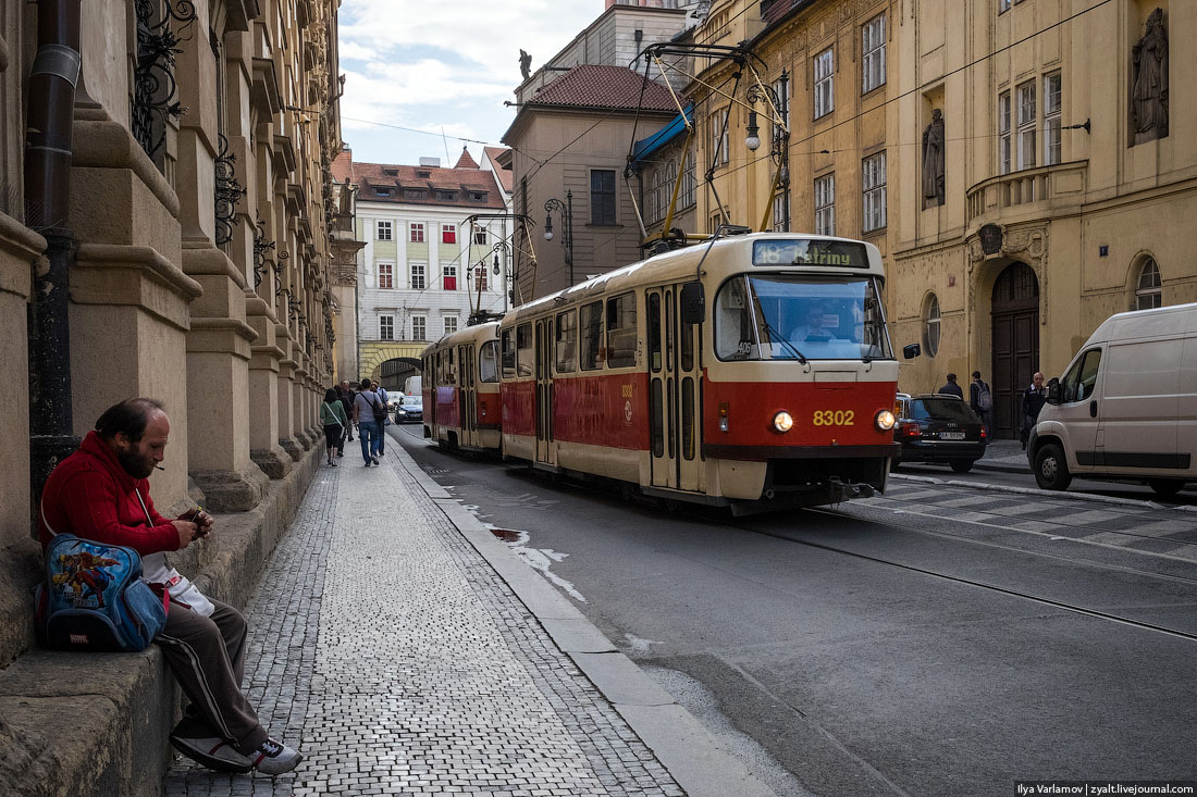 Шёл урбанист по городу, сел в трамвай и сгорел