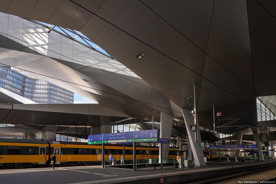 Вена: разумность, трамвай и поезда!