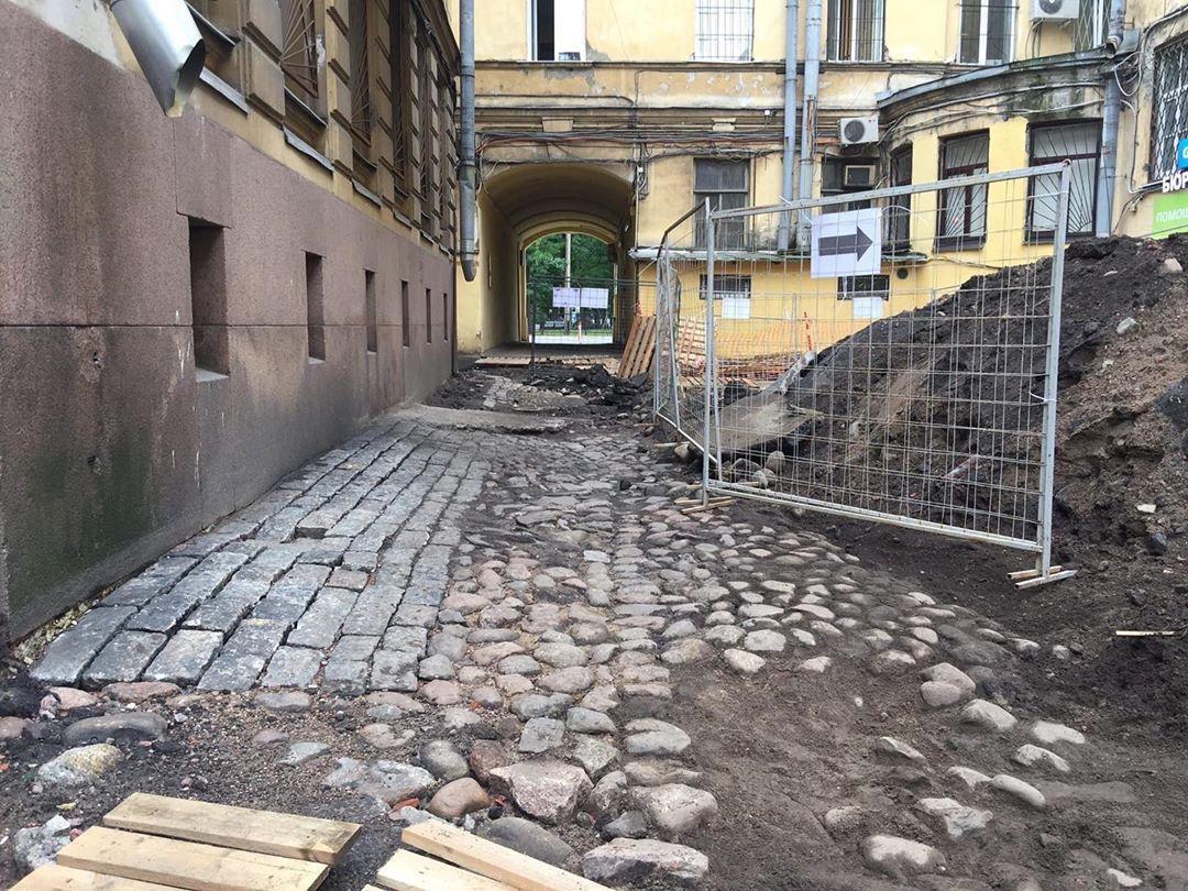 Историю Петербурга вывезли на свалку