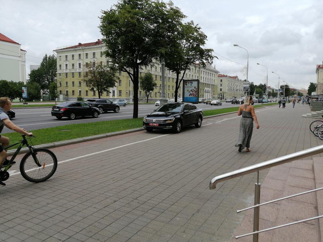 Русские баре с дипномерами гадят на международном уровне