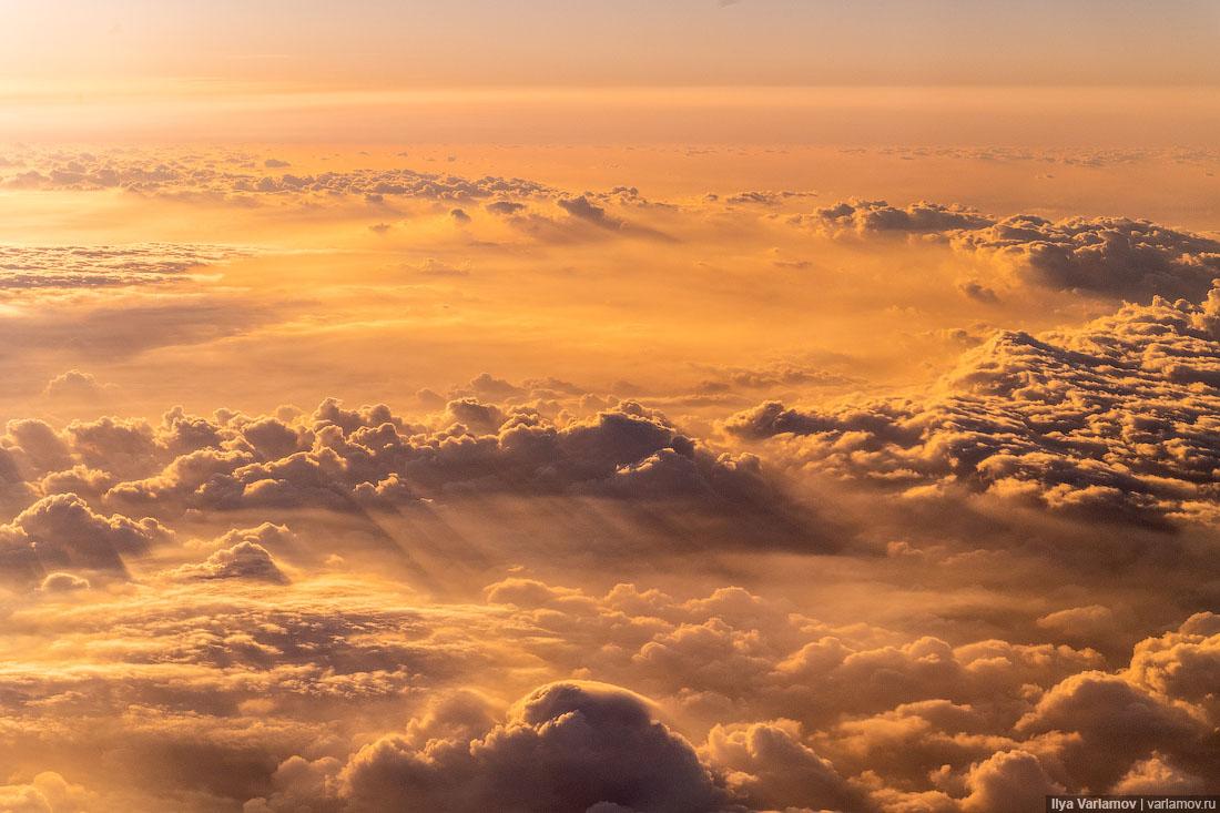 Посмотри, как прекрасен мир, когда летишь в самолёте!
