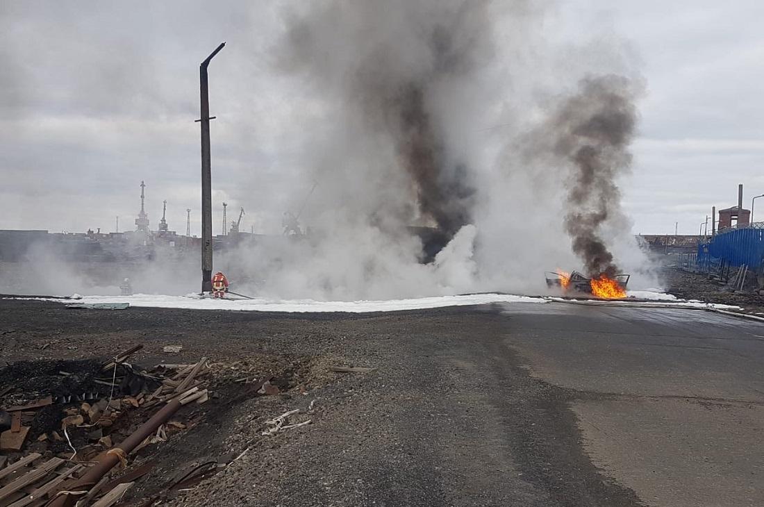 Разлив топлива в Норильске: кто и как скрывает аварию? Запугивание, коррупция и безнаказанность