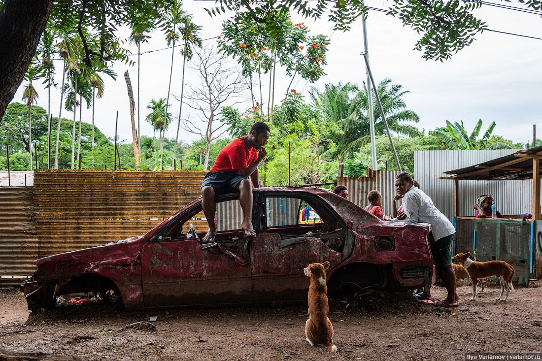 Новая Гвинея: папуасы, канальи, волшебный орех и китайское рабство
