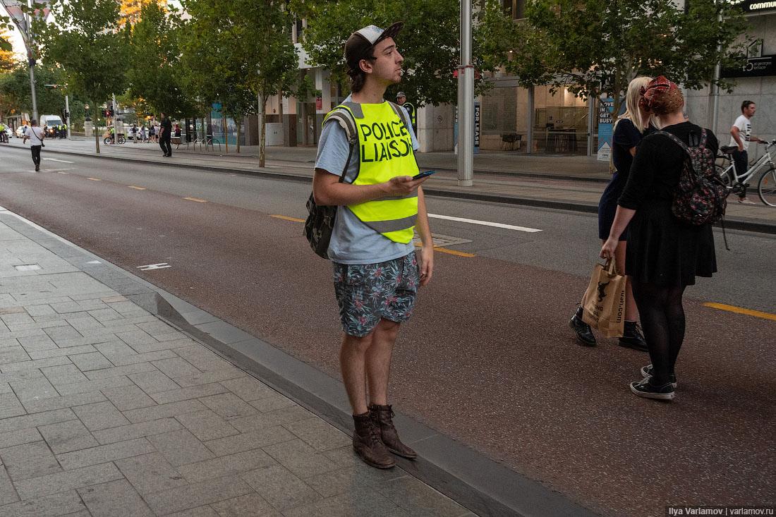 Перт: как австралийцы делают крутые стадионы и митингуют
