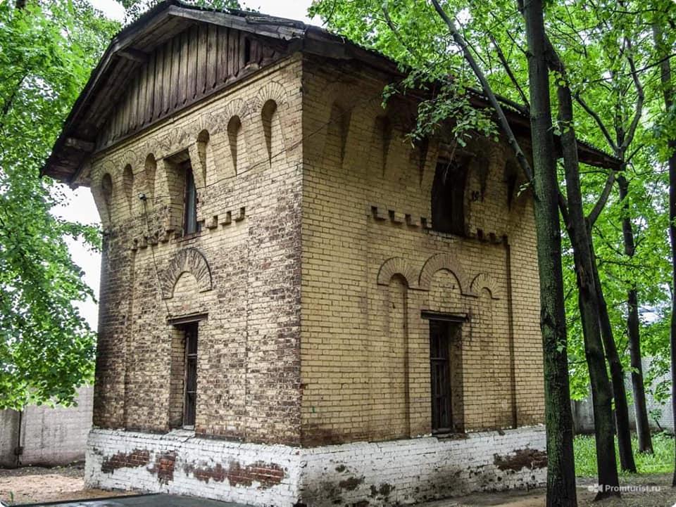 Не историческое здание, а