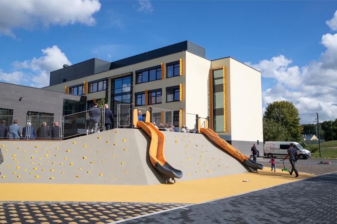 Как в Эстонии реконструируют старые советские школы