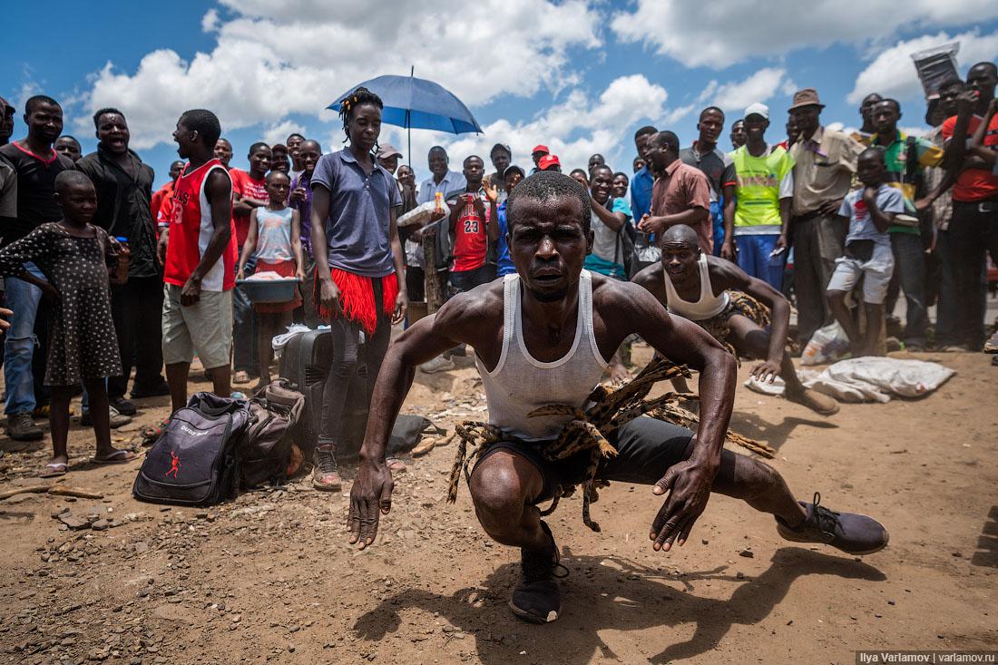 Зимбабве: грязь, нищета и бухло