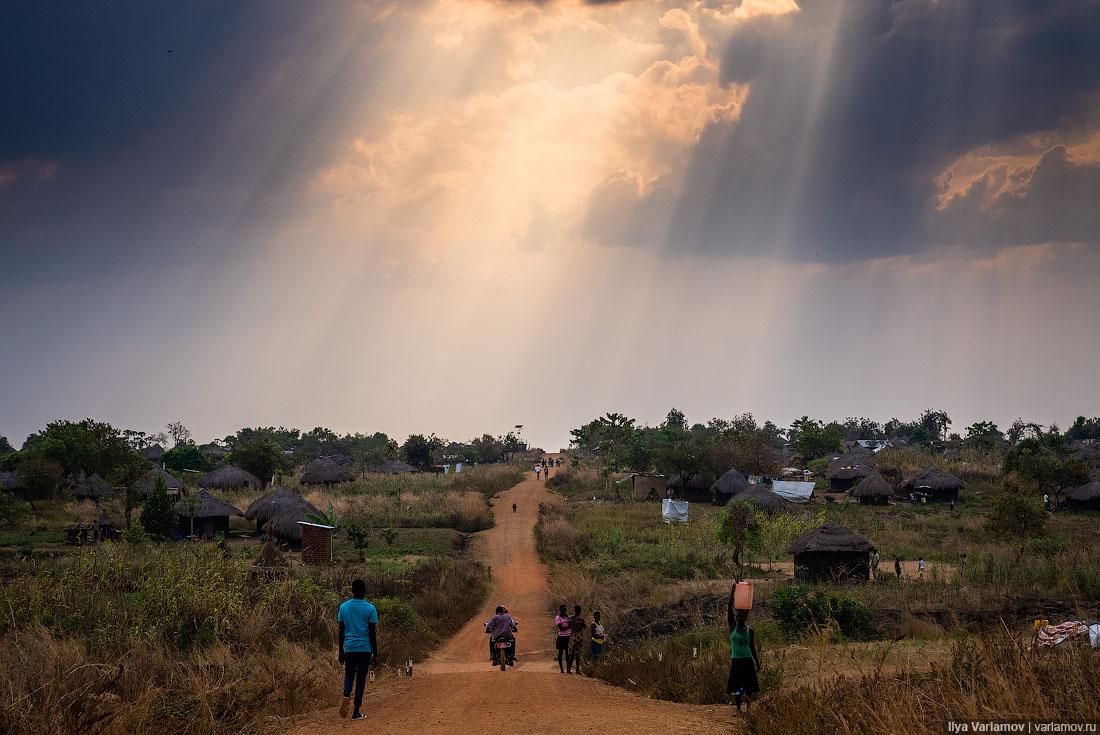 Биди-Биди: город беженцев размером с Благовещенск