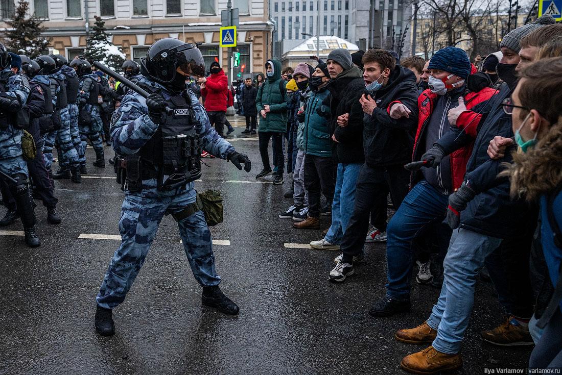 Самые массовые уличные протесты в России за последние годы