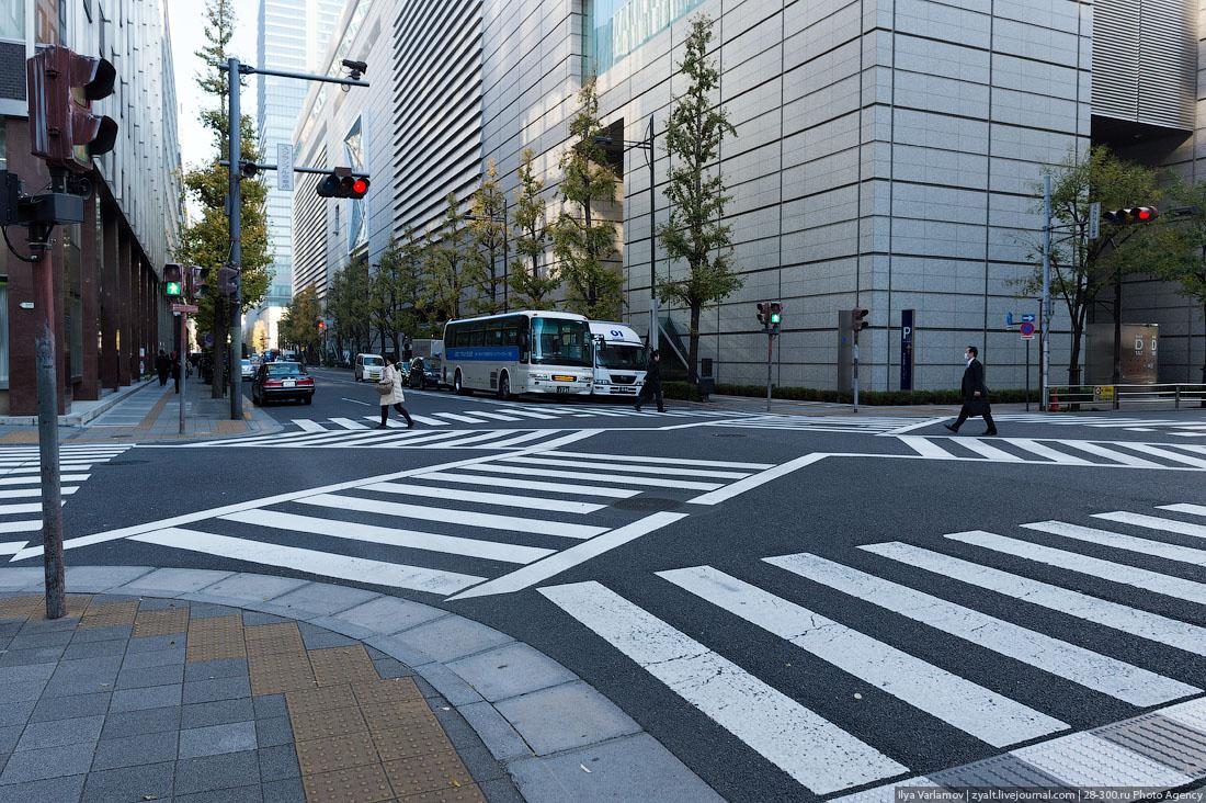 Сколько нужно светофоров, чтобы перекресток стал безопасным?