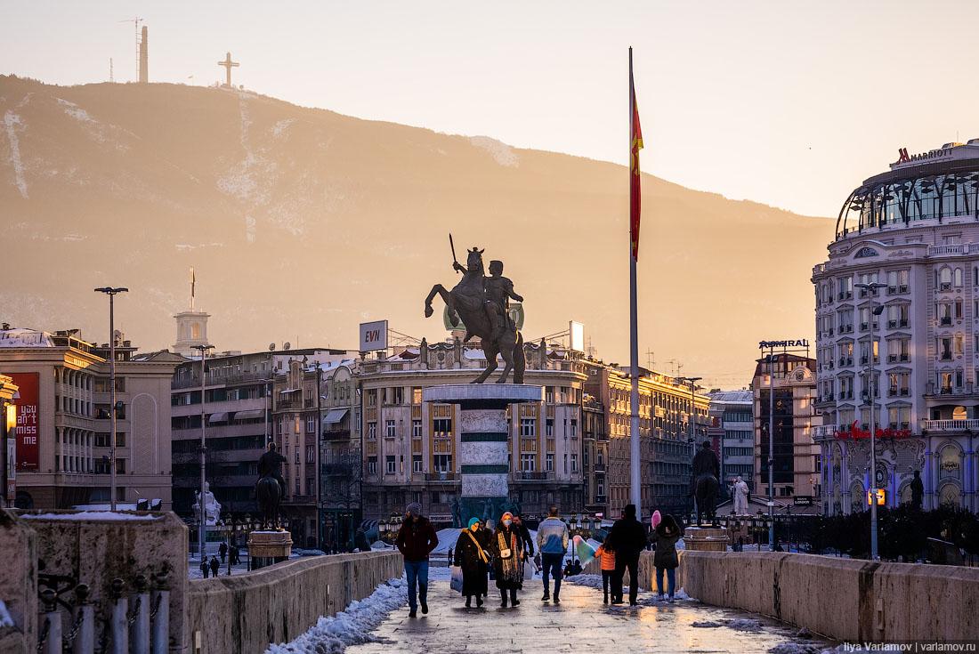Скопье, Македония: город-фейк, город-пустышка