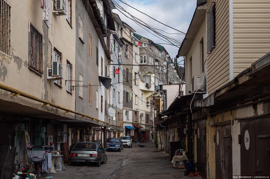 Жилые гаражи Сочи: фавелы по-русски