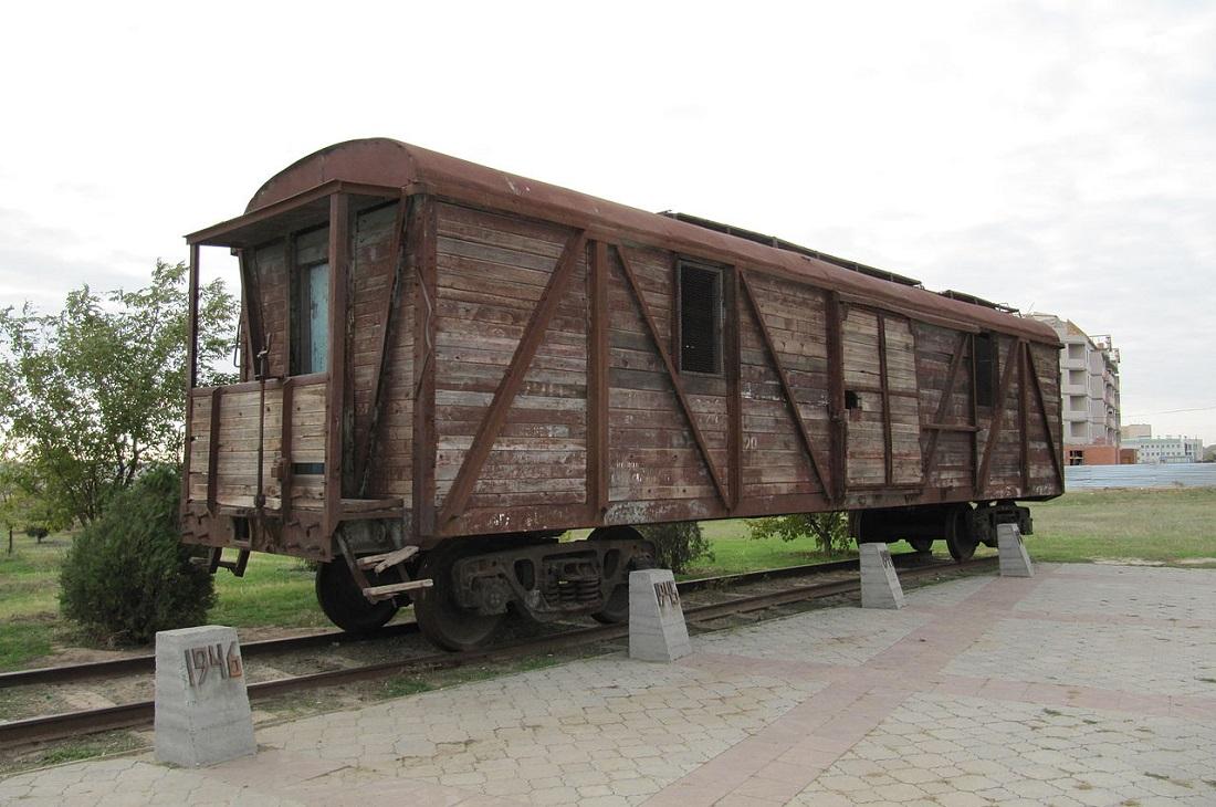Музей усатого палача в каждом городе